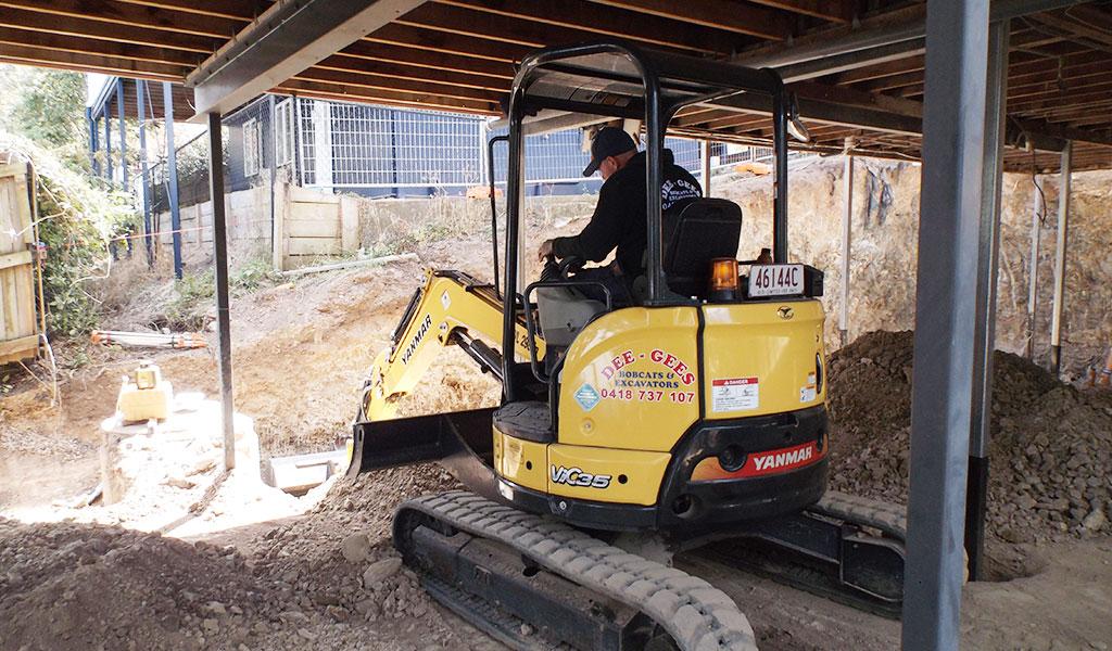 underhouse-excavation